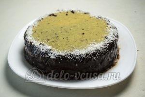Шоколадно-кокосовый торт: Собираем и украшаем торт