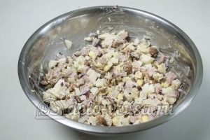 Салат Мужская мечта: Охлаждаем салат перед подачей