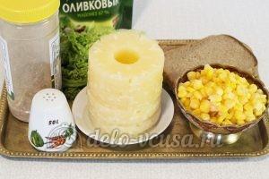 Салат с ананасом и кукурузой: Ингредиенты