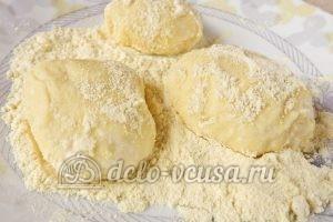 Сырники с кукурузной мукой: Формируем сырники