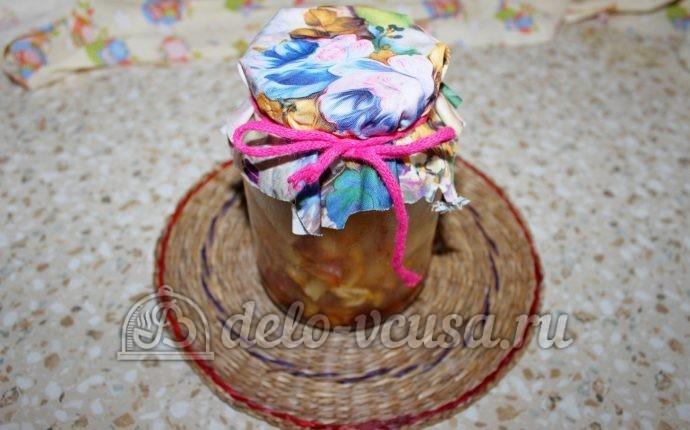 Заготовка из яблок для пирогов: Закатать крышкой