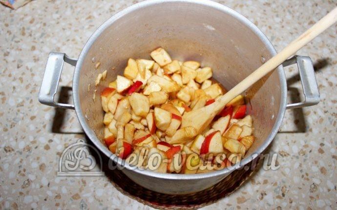 Заготовка из яблок для пирогов: Ставим на огонь