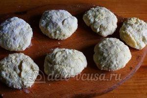 Сырники из творога с яблоками: Формируем сырники
