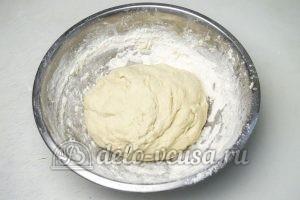 Дрожжевые булочки с джемом: Оставляем тесто на 2 часа