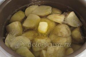 Молодая картошка в мультиварке: Добавить сливочное масло