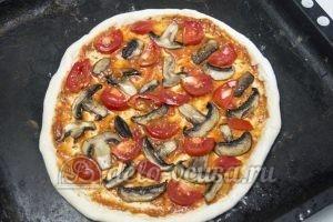 Пицца Фунги: Выкладываем начинку