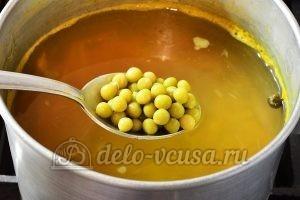 Рисовый суп без мяса: Добавить горошек зеленый