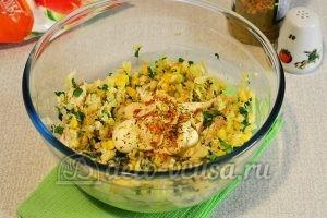 Салат из редьки с курицей: Добавить майонез