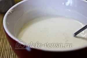Салат с тунцом и пекинской капустой: Добавить йогурт
