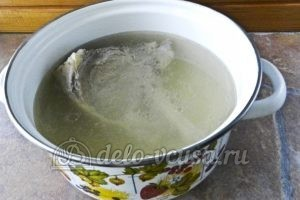 Суп харчо из говядины: Снимаем бульон с огня
