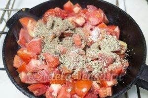 Томатный соус с чесноком: Готовим помидоры 20 минут