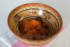 Закуска из кабачков с сыром и чесноком: Морковь натереть