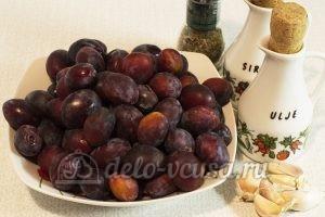 Пряные сливы на зиму: Ингредиенты