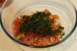 Салат с маринованным болгарским перцем: Измельчить укроп