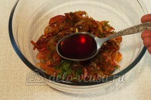 Теплый овощной салат: Добавляем малиновый уксус