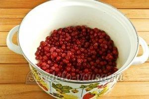 Варенье из красной смородины: Ягоды разморозить