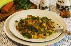 Жареные кабачки с морковью