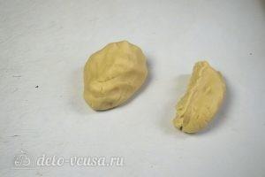 Краковский сырник: Тесто разделить на 2 части
