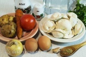 Суп с пельменями и яйцом: Ингредиенты