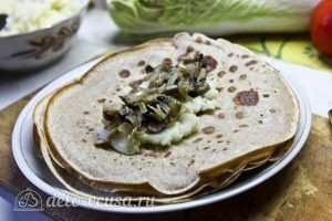 Блинчики с картошкой и грибами: Начиняем блины