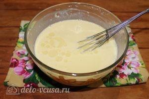 Блины с ветчиной и сыром: Добавить растительное масло