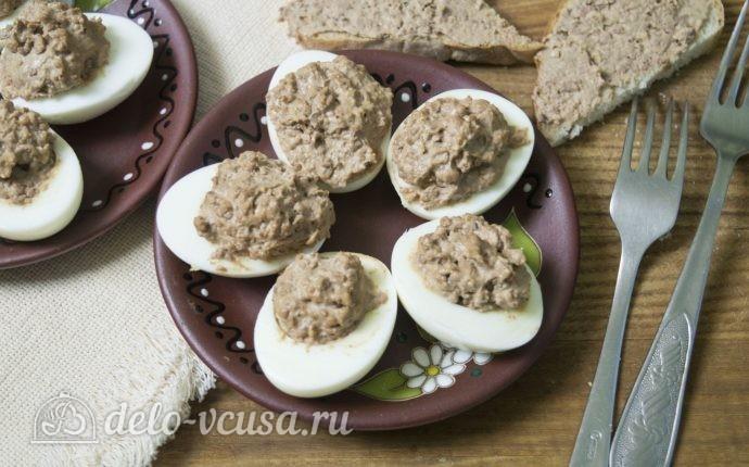 Яйца фаршированные куриной печенью