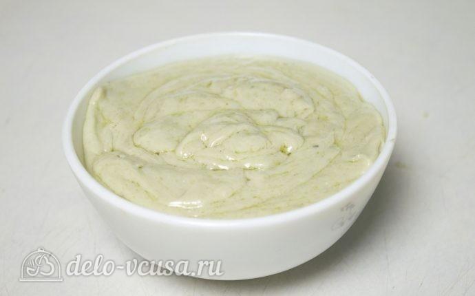 Картофельные шарики с сыром: Перелить соус