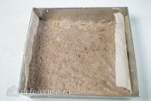 Кокосово-творожный пирог: Помещаем тесто в форму