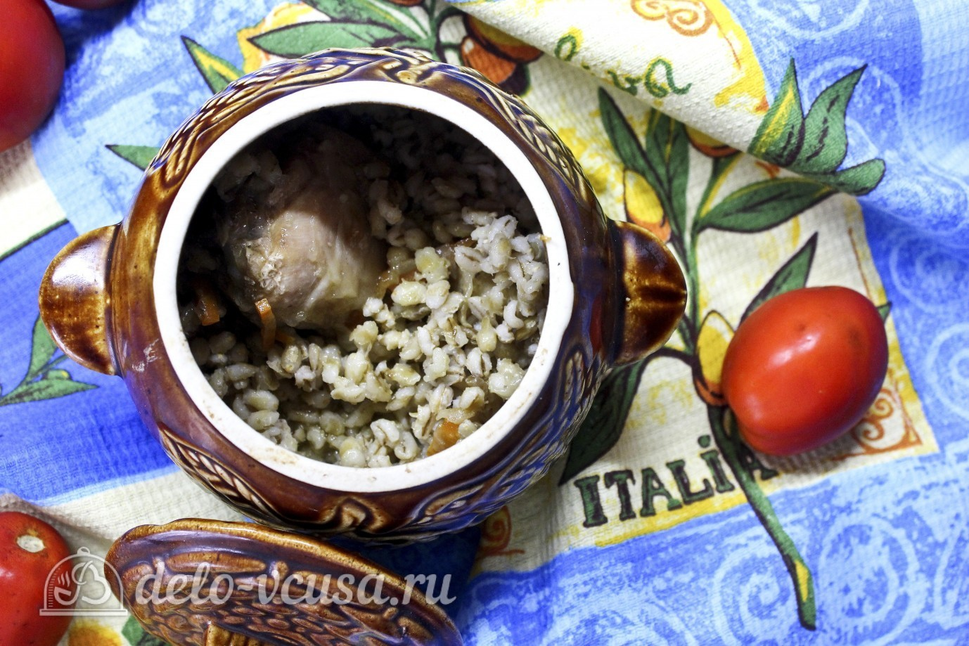 перловка в горшочке в духовке с курицей