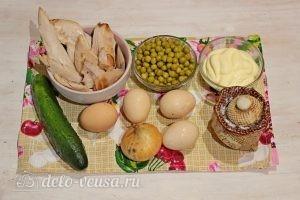 Куриный салат с огурцами и горошком : Ингредиенты