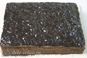 Торт Спартак: Поливаем верх торта глазурью
