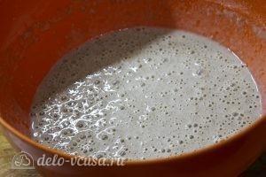 Блины с творогом и зеленью: Замесить жидкое тесто