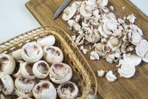 Шампиньоны фаршированные сыром: Подготовить грибы