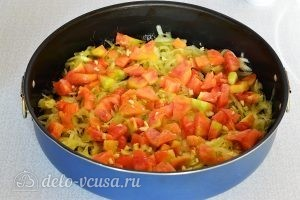 Омлет с овощами в духовке: Добавляем чеснок