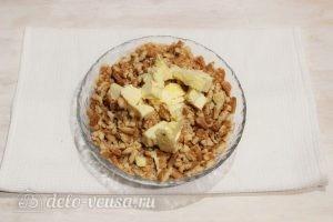 Пирожные из печенья и сгущенки: Добавляем сливочное масло