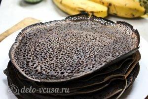 Шоколадные блины с бананом: Выпекаем все блины