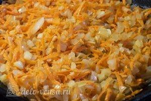 Суп с фрикадельками и картошкой: Добавляем морковь