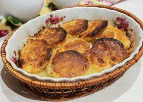 Сырники со сметаной в духовке