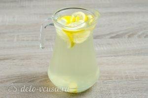 Напиток из лимона и меда: Все хорошо перемешать