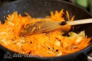Рыба под маринадом: Добавить морковь
