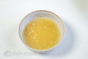 Кокосовый чизкейк: Заливаем желатин водой