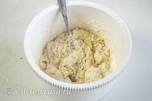Пышки на сковороде: Добавить муку