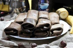 Шоколадные блины с бананом: Начинить все блинчики