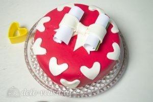 Торт на День Валентина: Украшаем торт сердечками