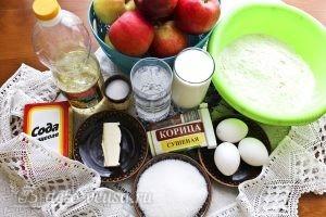 Блины с яблоками и корицей: Ингредиенты