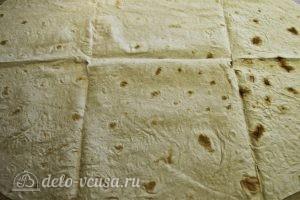 Омлет в лаваше: Расстилаем лист лаваша