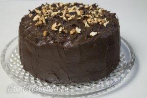 Шоколадно-карамельный торт: Украсить торт