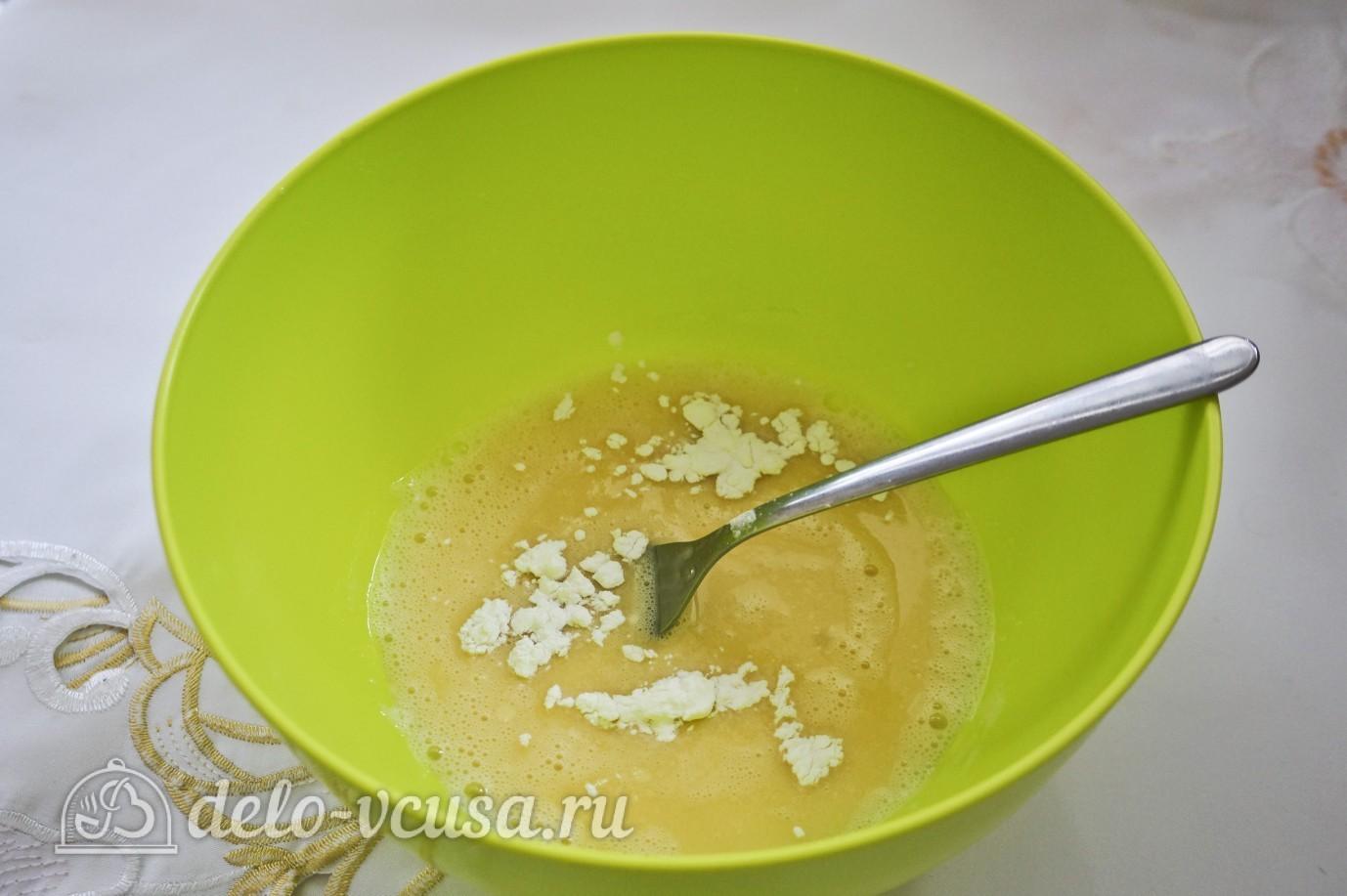 Салат с блинами и грибами: Добавить крохмал, масло, соль