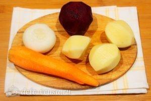 Борщ с бараниной: Очистить овощи