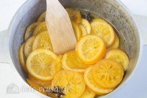 Карамелизированные апельсины: Доварить до мягкости